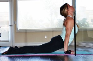 upward facing dog wrist pain