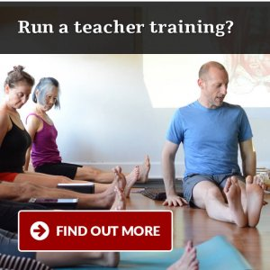 online yoga anatomy course teacher trainings