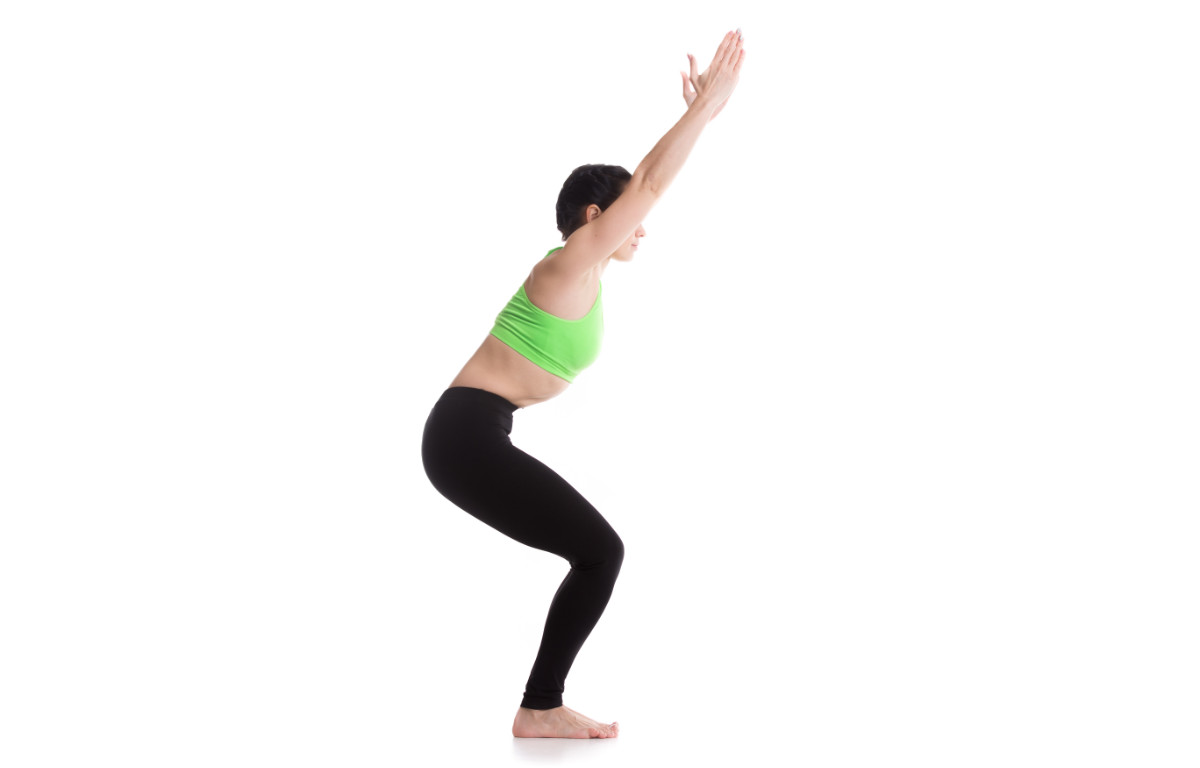 Should You Tuck The Tailbone In Yoga?